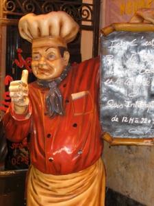 Le Roi du Pot Au Feu Statue