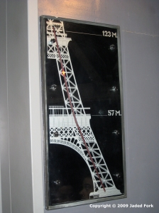 jules-verne-elevator