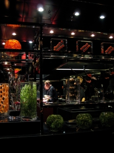robuchon kitchen
